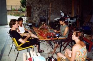 Séance de travail avec Lynn Pook (devant) Julien Clauss au mixeur, Maria Donata d'Urso (en blanc) Paolina Luna (au fond) et moi